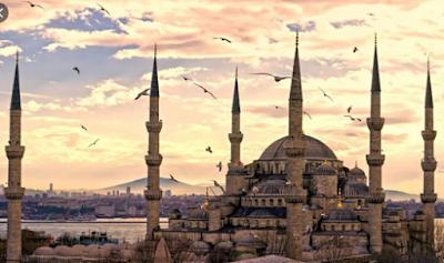 Rekonstruksi Kejayaan Islam Masa Lalu Untuk Masa Mendatang