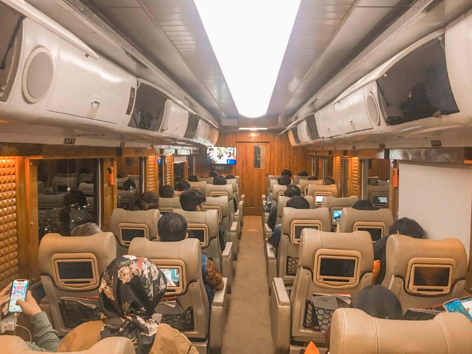 Mengintip Mewahnya Kereta Api Kelas Priority Argo Parahyangan Jurusan Jakarta - Bandung