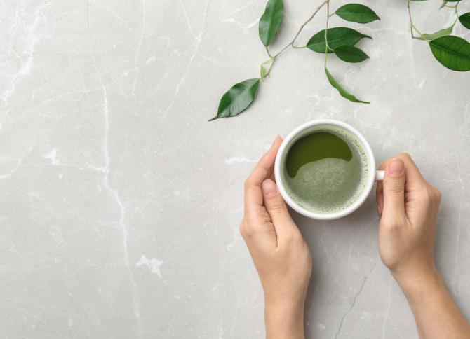 5. Konsumsilah teh hijau secara rutin