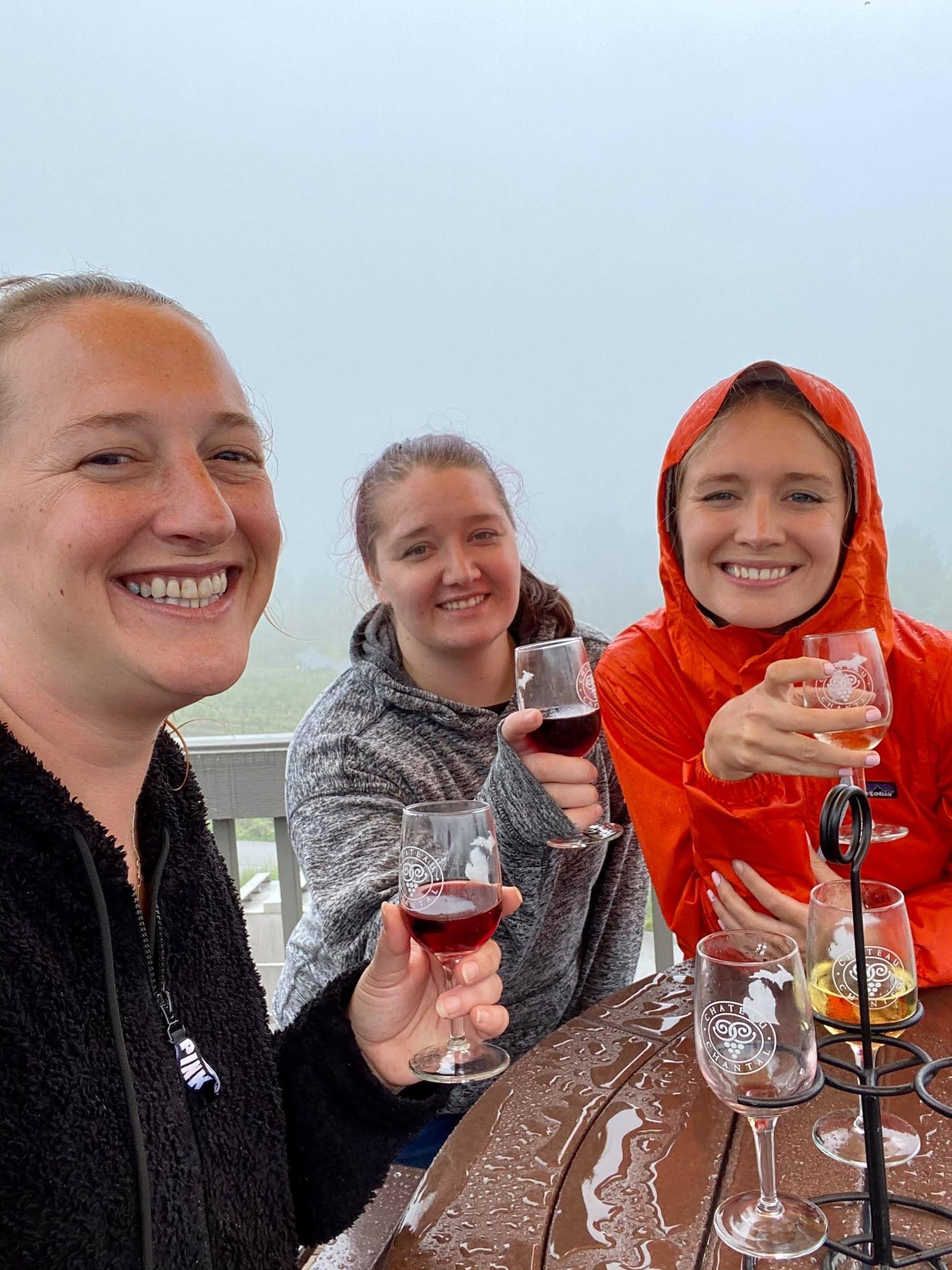 Wine Tasting in the Rain | www.biblio-style.com