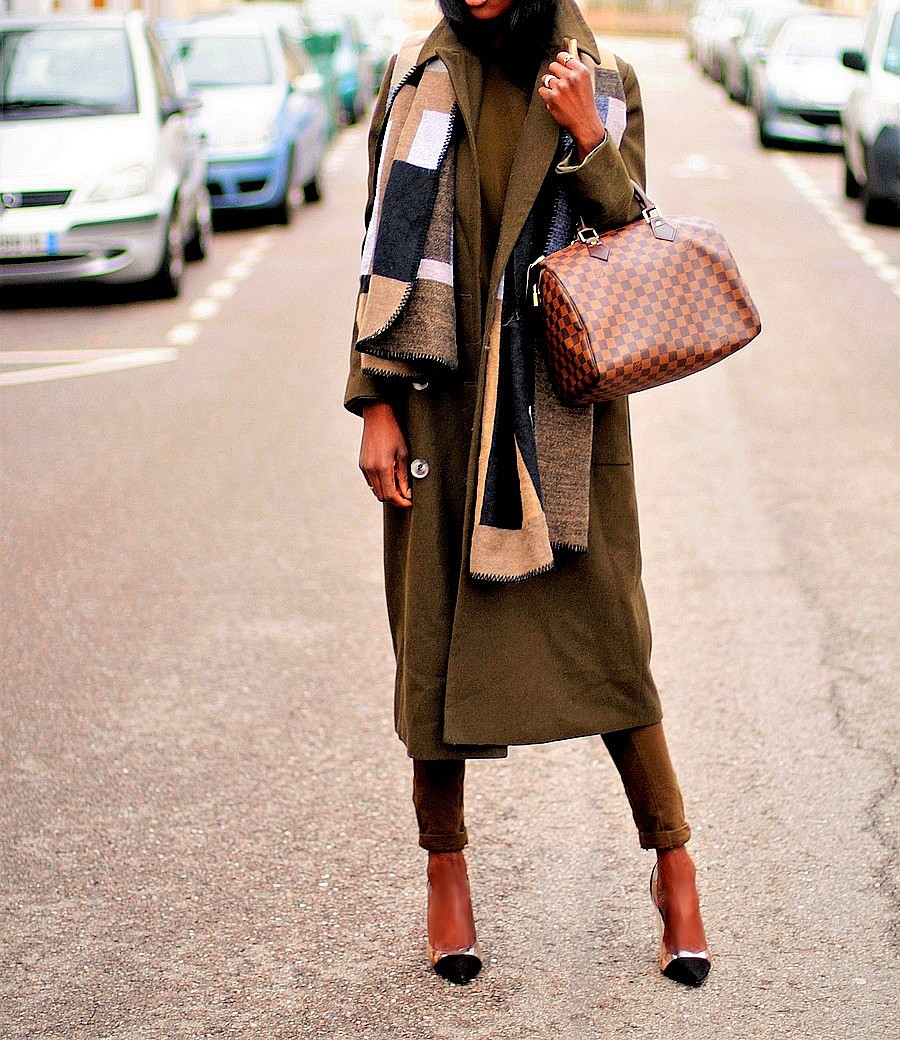 comment-porter-le-manteau-long