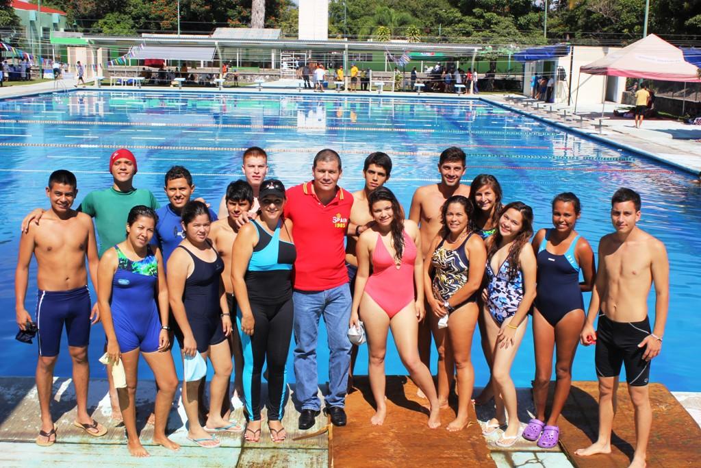 Concluye curso de natación del SICCED - GOBCOL demo