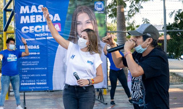 Pactan jóvenes con Cecilia Patrón trabajar por sitios de esparcimiento