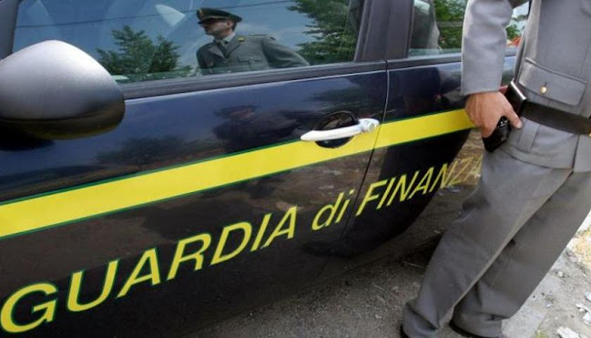Como: sequestro di beni per oltre 550 mila euro; soldi pubblici sottratti da una società partecipata