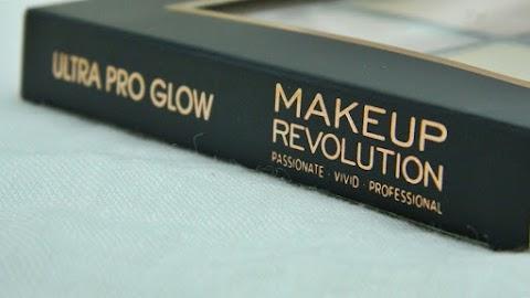 BLOGMAS #2: Makeup Revolution Ultra Pro Glow - paleta highlightera za sve?