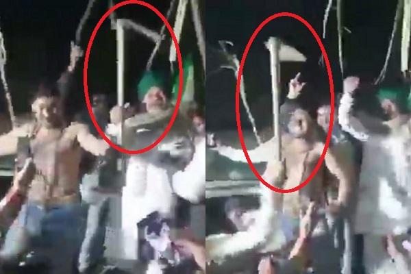 dangaai-kisan-neta-rakesh-tikait-exposed-police-lodged-fir