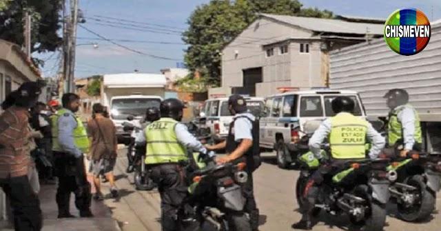 Delincuentes atacaron con armas R-15 un minimercado para desafiara la policía en el Zulia