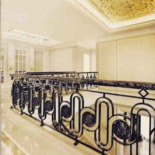 Model Railing Balkon Besi Tempa Mewah dan Elegan