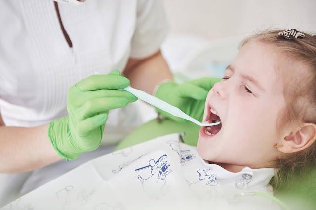 Tips Melindungi Gigi Anak Anda