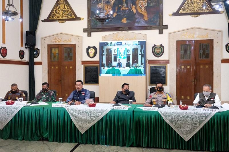 Kapolda Jabar hadiri Rapat Anev Gugus Tugas Percepatan Penanggulangan Pandemi Covid -19