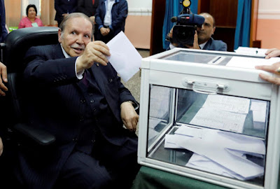 Algerian president Bouteflika casting his vote