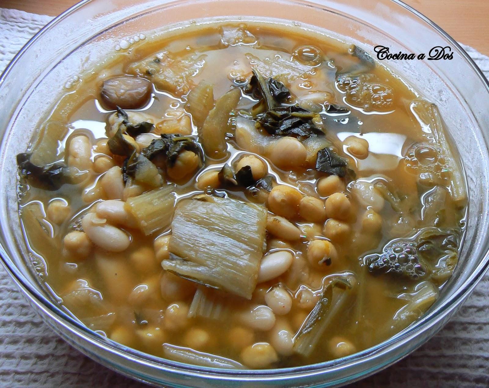 Cocina a dos potaje de garbanzos jud as verdes y cardos - Potaje de garbanzos y judias ...