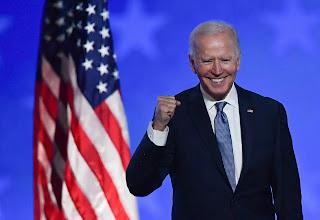 الرئيس الأمريكي المنتخب بايدن يبدأ ولايته بقرار لفائدة مواطني الدول المسلمة