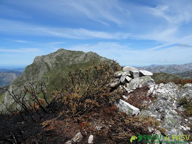 Ruta al Pierzu desde Priesca: Cantu Aranga