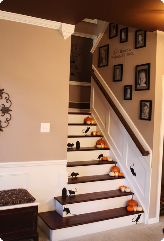 Tda decorating and design stairwell board batten tutorial - How to decorate stairs ...