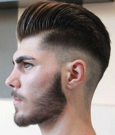 gaya rambut undercut pompadour tampak belakang