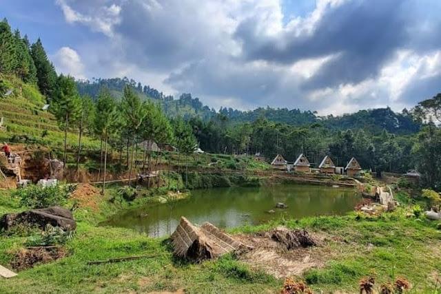 danau wisata lembah rembulan