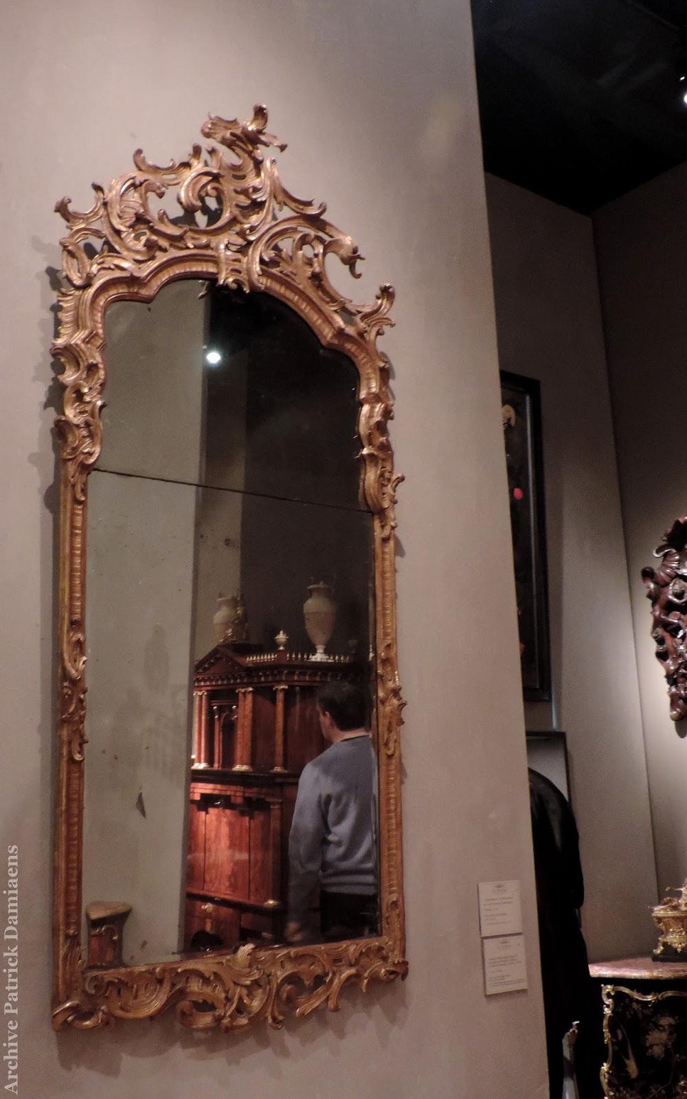 Sculpture ornementale patrick damiaens cadres de miroirs for Miroir de l histoire