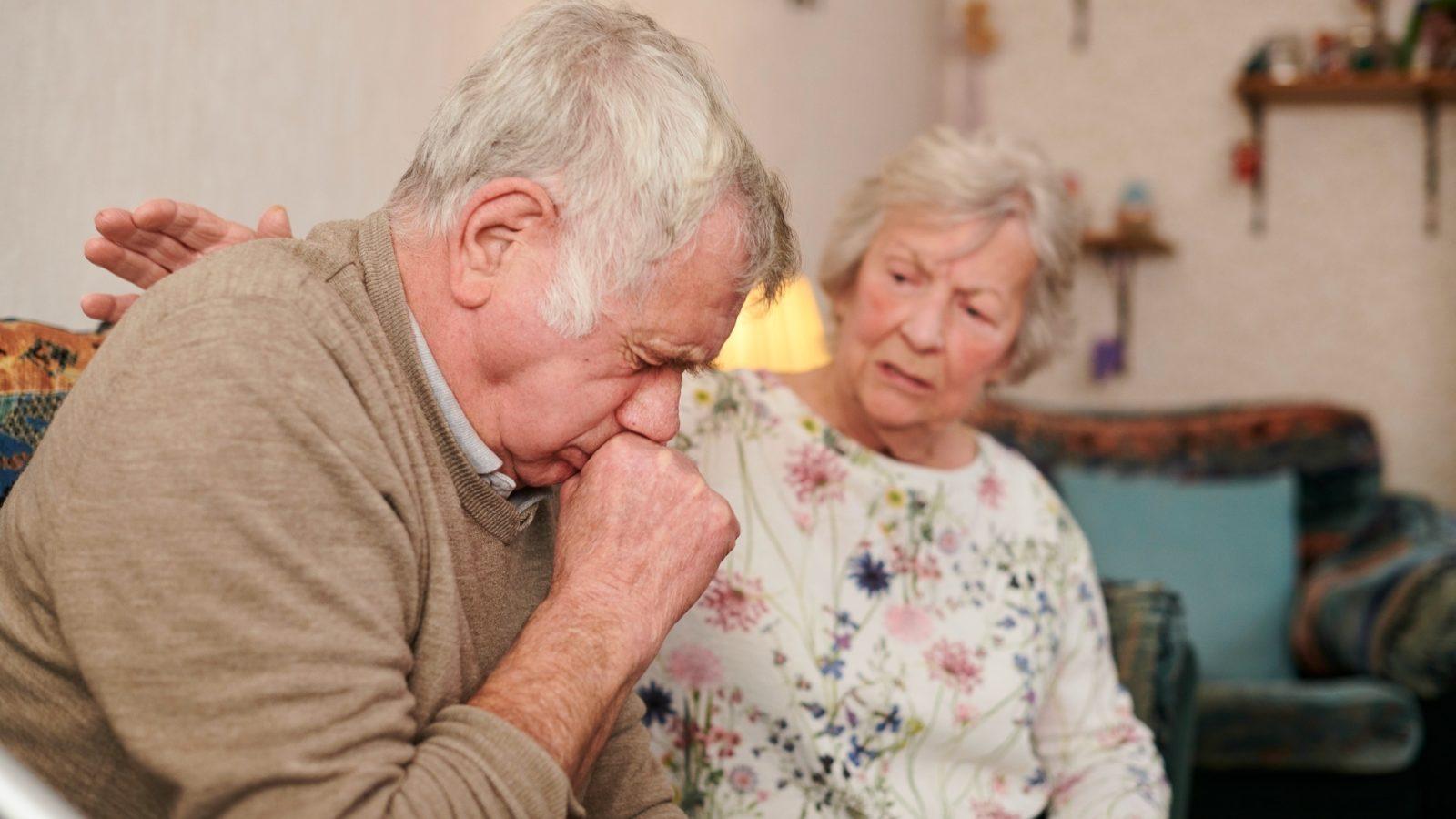 10 nguyên nhân khiến người già dễ mất ngủ