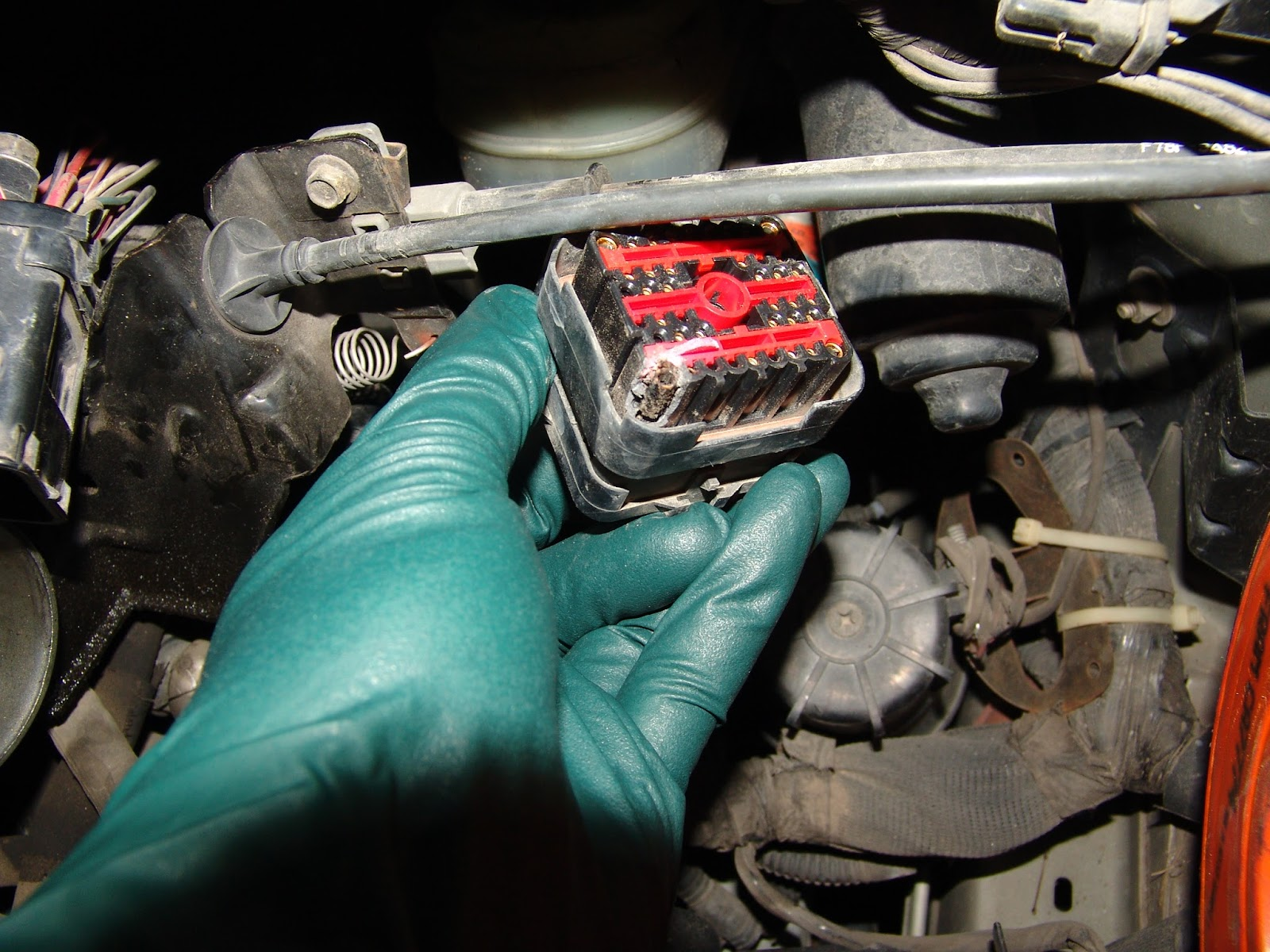 1998 Ford Ranger Electricala Burnt Fuse In The Engine Compartment