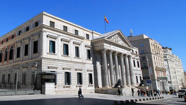 Presentan una proposición de ley para proteger a los 'alertadores' de corrupción en España