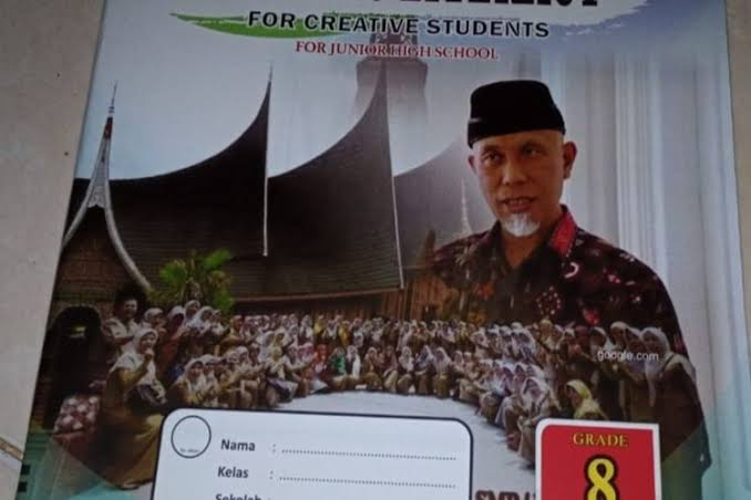 Viral, LKS SMP di Kota Padang Bergambar Calon Gubernur Sumbar