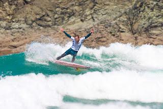 20 Justine Dupont FRA Pantin Classic Galicia Pro foto WSL Laurent Masurel