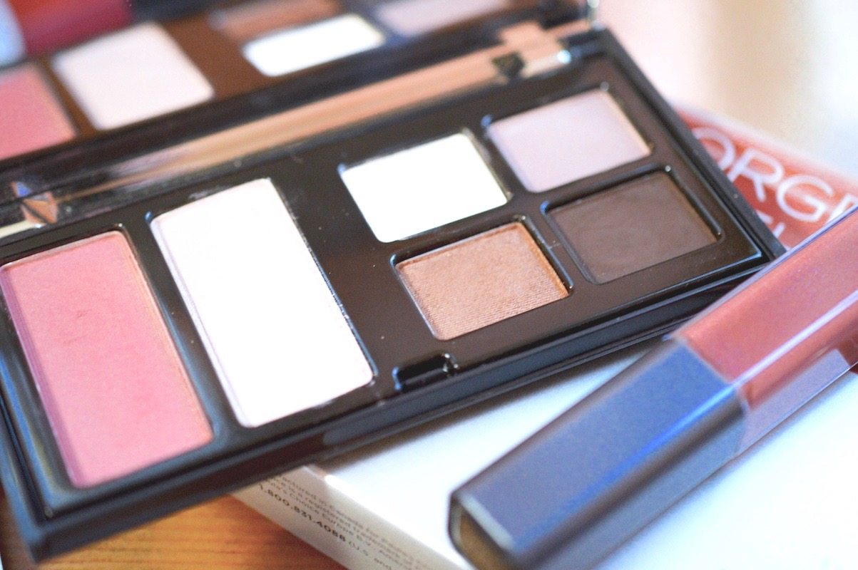 On the Go Makeup
