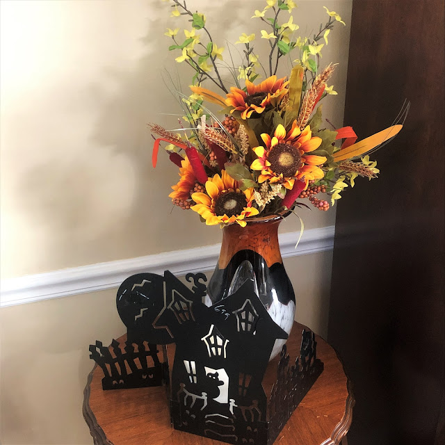 Ideas on how you can decorate your home indoors and outdoors for the fall season.