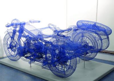 Esculturas con apariencia de objeto modelado en 3D.