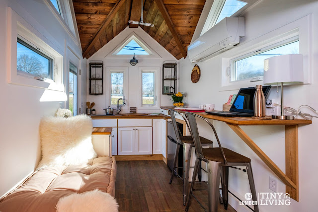 Countryside tiny house by 84 Lumber