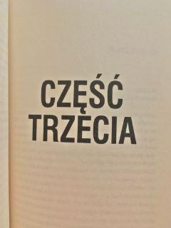 """trzecia część przygód prokuratora Kani, czyli """"Wotum"""" Maciej Siembieda, fot. paratexterka ©"""