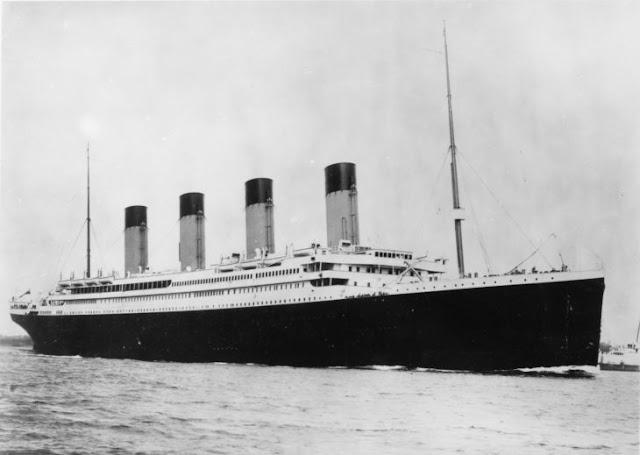 Simulación del hundimiento del Titanic en tiempo real