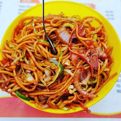 veg chaomein street food