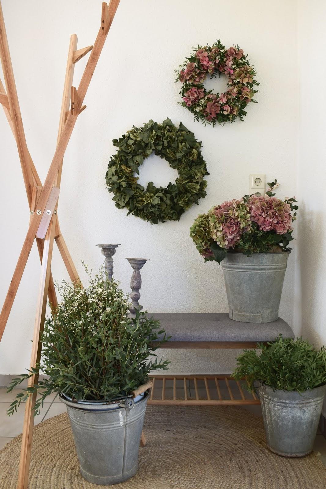 Workshop Räume Kreativ Atelier Interior mit WENKO Garderobe Mikado Bahari Schuhbank Diele Einrichtung Dekoideen kreativ gestalten