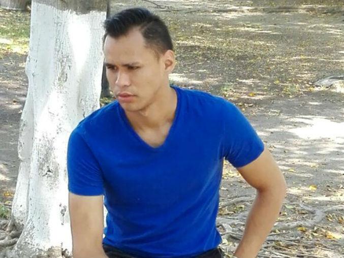 Josuelt Rea busca triunfar en Chivas.