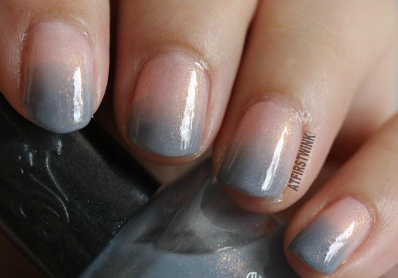 Canmake colorful nails nail polish no. 43 and Sasatinnie nail polish FCW034 pink blue gradation gold shimmers close up