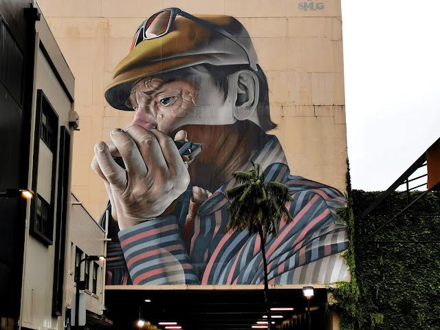 Street Art in Wollongong by SmugOne