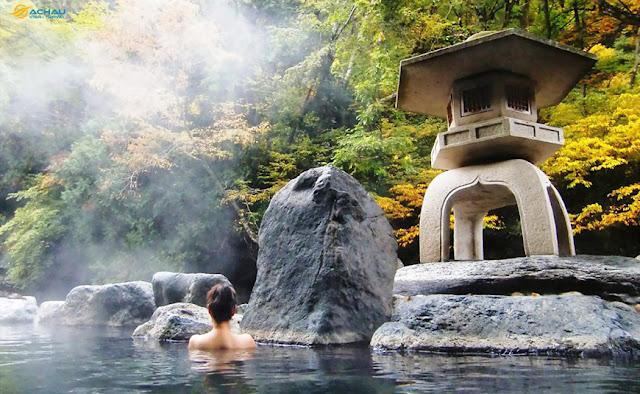 Cần lưu ý điều gì khi tắm Osen tại Nhật Bản?