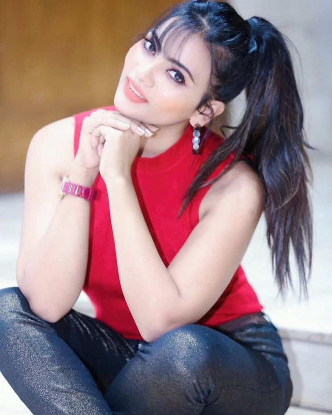 Ullu Web Series Lovely Massage Parlour Hot Actress Anupama Prakash as Rakhi Instagram Bold Photos