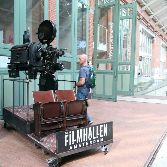 בית הקולנוע במתחם foodhallen באמסטרדם