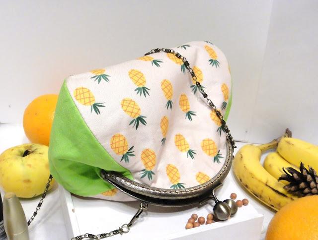 Ананас сумка на цепочке: натуральный хлопок, металлический фермуар 16 см. Подарок девушке на летний день рождения