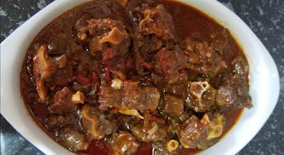 Sear the oxtails: Heat vegetable oil in a large pan over medium-high heat. Season the oxtails with black Pepper and salt, sear the pepper and salt on all sides until browned. Transfer the oxtails on a plate and set them aside.