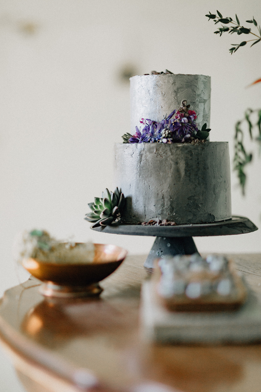silver cake succulents