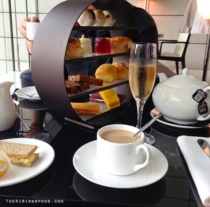 High Tea at a Hotel in London, England | therisingspoon.com