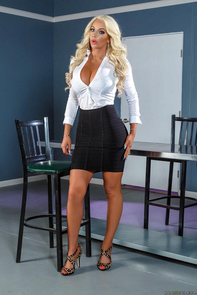 Nicolette Shea Hottest Photoshoot in Skirt