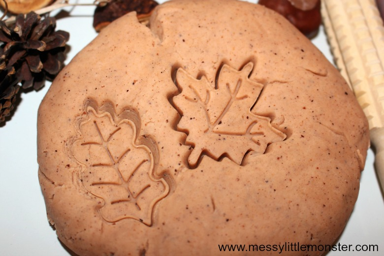 Autumn activities for preschoolers and toddlers - no cook autumn scented playdough
