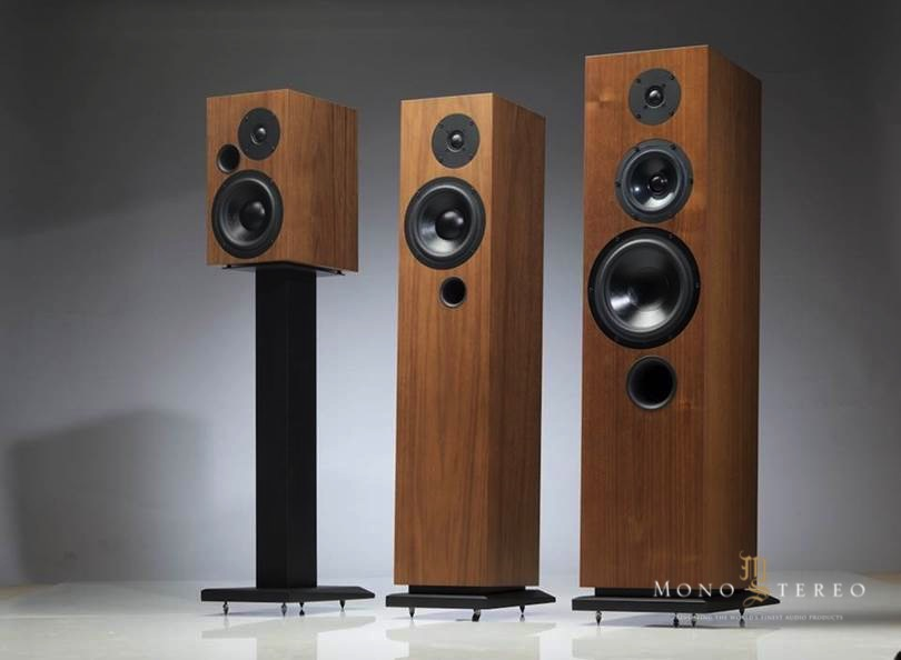mono and stereo high end audio magazine audes speakers at. Black Bedroom Furniture Sets. Home Design Ideas