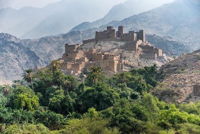 قرية ذي عين الأثرية