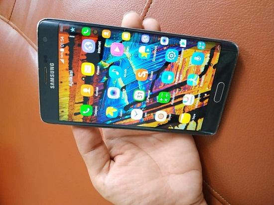 Merk hp terbaik didunia Samsung